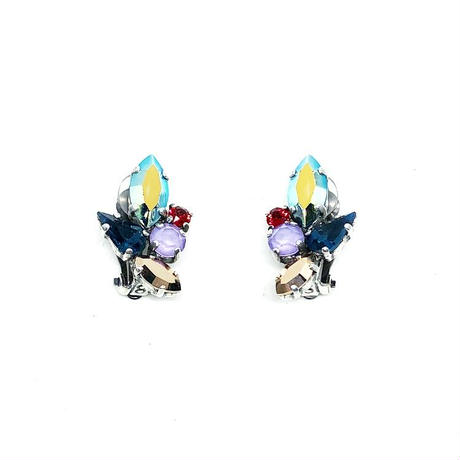 18H9 Clip Earrings